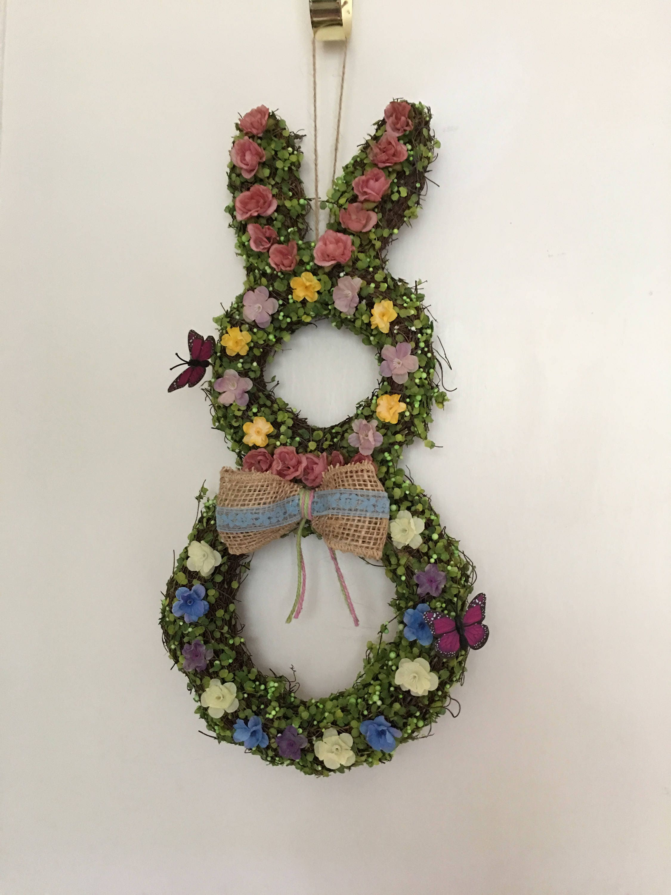 decorations and ideas ghk egg wreaths decoration entertaining celebrations decor arrangements crafts holidays spring beautiful flower wreath easter