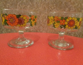 Vintage 1970's 'Abigails Party' dessert glasses/ dishes  with funky flower power retro  design.