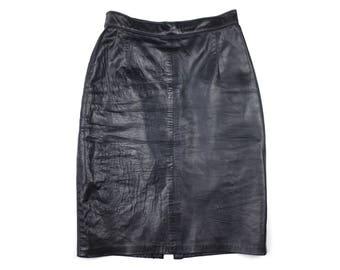 ON SALE - Vintage Leather Pencil Skirt - Size 6