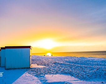 Worthing Beach in the snow Photo / Poster / Canvas Colour