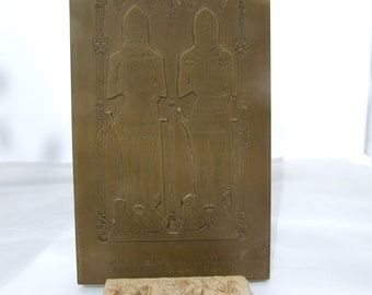 2 Medieval Inspired items - Wall Plaque and Box
