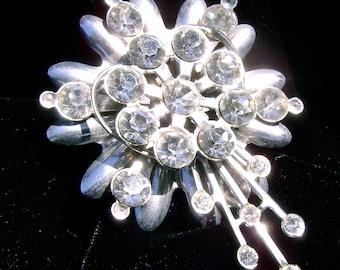 Vintage Brooch --1960's -Mid Century Sparkle