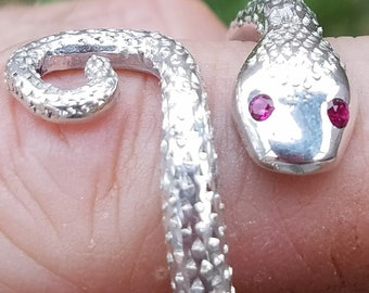 Jewelry,Sterling Silver snake ring with ruby eyes