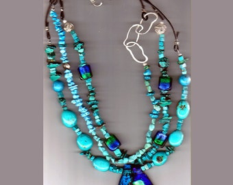 Dichroic pendant with genuine turquoise beads