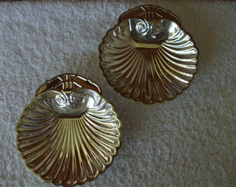 Silver Plated Shell Serving Dishes,  Mints,  Nuts, Jewelry, Rings,