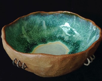 Bowl with Wire Decor and Green Interior