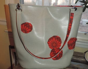 Pale Textured Gray Vinyl with Signature Applique Circles Lined in Vibrant Red Cotton Medium Market Shopping Tote Bag Handles & Pocket