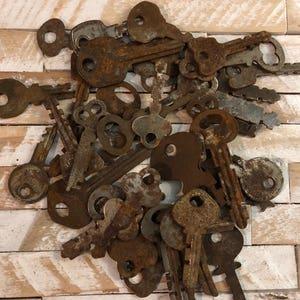 Mystery Lot of 10 Vintage Antique Rusty Keys
