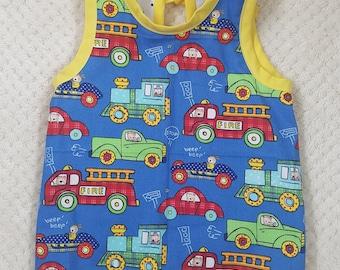 Handmade Cotton Cars and Trucks Baby Bib/Bapron //baby shower//gift//feeding smock//baby apron