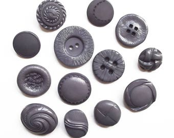 Mix 13 buttons round acrylic mouse gray