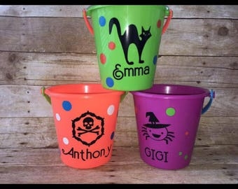 Personalized Halloween buckets , pails for trick pr treating or party favors !