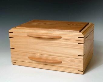 Elm Jewelry Box