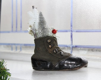 1800s Victorian Child's Shoe Christmas Decoration