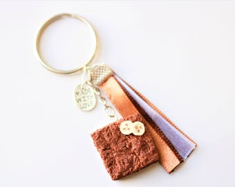 Keychain - Brownies with chocolate and banana