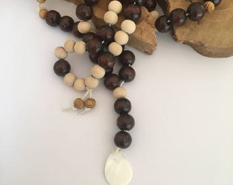 Sequin Pearl and natural wood beads necklace