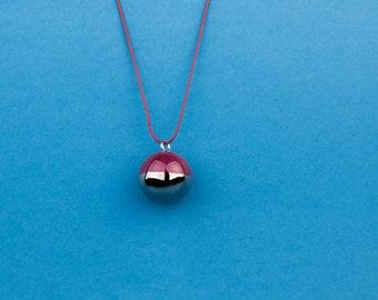Statement necklace bubble. Grape bubble necklace. Ball necklace. Grape color jewelry. Plum bubble necklace. Round necklace pendant.
