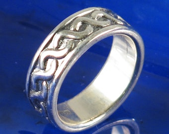 Sterling Silver Interlocking Weave Ring, Size 6 3/4,  Sterling Silver Wedding Ring, Sterling Silver Interlocking Weave Ring Gift, Size 6 3/4