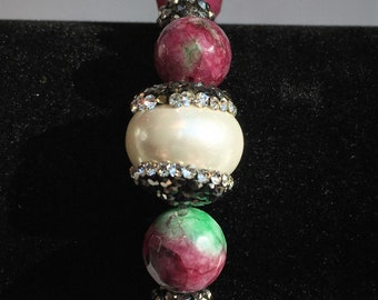 COLORED AGATE BRACELET