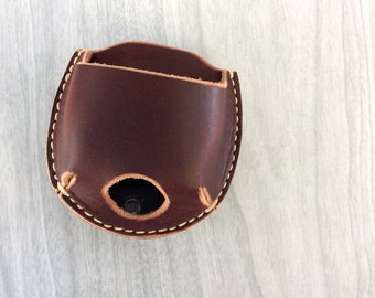 Clip on snuff case, Snuff can holster,leather snuff can holder,snuff holder hang on belt, leather snuffcan holder,Snuffcase with clip,latigo