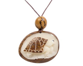 Tagua Nut Necklace: Box Turtle (1153-N348)