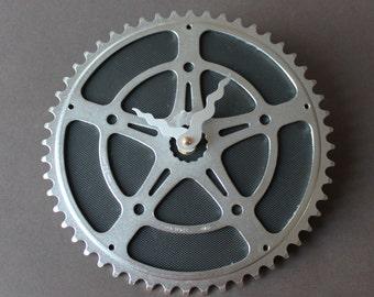 Bicycle Gear Clock - Black Star | Wall Clock | Recycled Bike Parts Clock