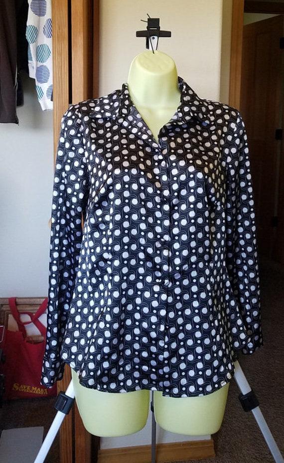 shiny womens blouse white black polka dot top long sleeves top button shirt sz Small