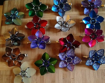 Small scale flower hair clips- various colors!