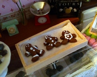 1:12 Scale Miniature Traditional Gingerbread Cookies