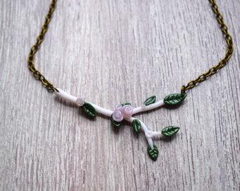 Collier Branche fleurie - Pate Polymère - Rose ou Doré