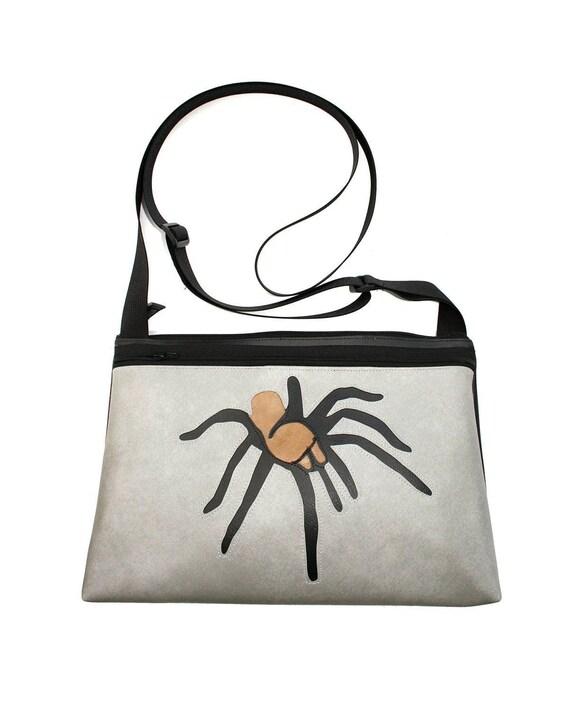 Tarantula, gray vinyl, medium crossbody, vegan leather, zipper top