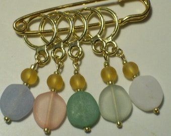 Stitch Markers, Stitch Markers for Knitterss, Lavender Peach Green White Pastel Colored Etched Stone Gold Stitch Markers by hipknitta