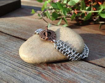 Stainless steel hand made metal bracelet - european 4:1 chainmaille bracelet with copper plated toggle clasp