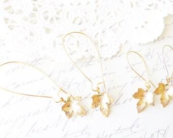 Gold Maple Leaf Earrings - Maple Leaf Dangle Earrings - Gold Leaf Drop Earrings - Woodland Maple Leaf Earrings - Dainty Leaf Earrings