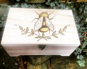 Pyrography Box - Large Wooden Jewellery Box - Bees - Wedding Keepsake Box - Baby Memory Box - Eco Gift - Essential Oil Case - Sewing Box
