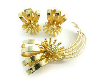 Vintage, Continental, Brooch Set, Earrings, Matte Gold Tone, Signed, Clip Ons, STB120