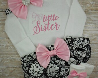 Baby girl coming home outfit, newborn, baby girl outfit, baby girl clothes, take home outfit, bodysuit, Little Sister, damask, baby shower