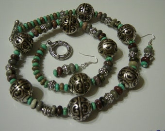 Sale Southwest Necklace and Earrings in Turquoise and Brown Jasper with Silver Round Orbs
