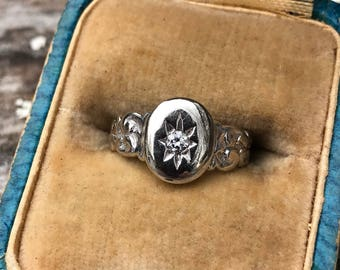 14K White Gold Diamond Starburst Ring SIZE: 3.5