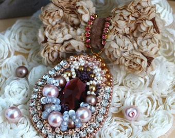 Embroidered brooch, handmade brooch, brooch with pearls and crystal, brooch with bow, big embroidered brooch, vintage brooch