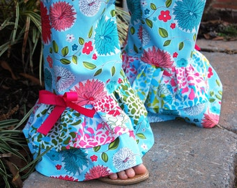Ruffle pants pattern for girls, ruffle pants pattern for toddlers, ruffle pants pattern babies, seamingly smitten, girls ruffle pants