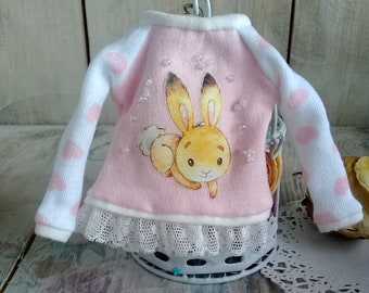 Blythe sweater with bunny decoreted vintage franch cotton lace