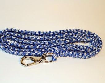 Paracord Leash - Blue and White