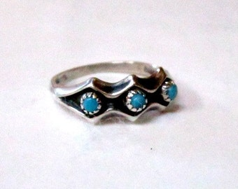 Vintage Blue Turquoise Petit Points Ring Size 5