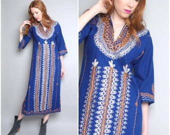 1970's Cotton Embroidered Caftan / Ethnic Syrian Middle Eastern / Boho / Small