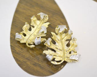 1960s Sarah Coventry Leaf Clip Earrings