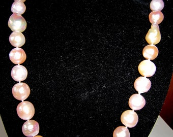 Pearl Necklace, 9ct gold & diamond catch
