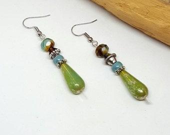 Green Teardrop Bohochic Earrings - Green Earrings - Teardrop Earrings - Bohochic Earrings
