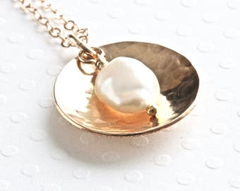 Gold Disc Necklace, Pearl Pendant Necklace, White Pearl Necklace, Gold Chain Necklace, Real Pearl Necklace, Gold Filled Jewelry for Women