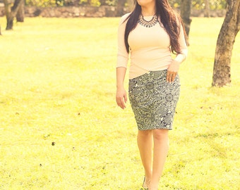 Pencil skirt,Skirt with pockets,Printed pencil skirt,Midi skirt,Office skirt,Gray elegant skirt,Elegant skirt,Flattering skirt