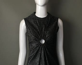Stunning Vtg 70s Black Silver Metallic Sleeveless Top Blouse Gorg Keyhole S Mint Ready to Wear